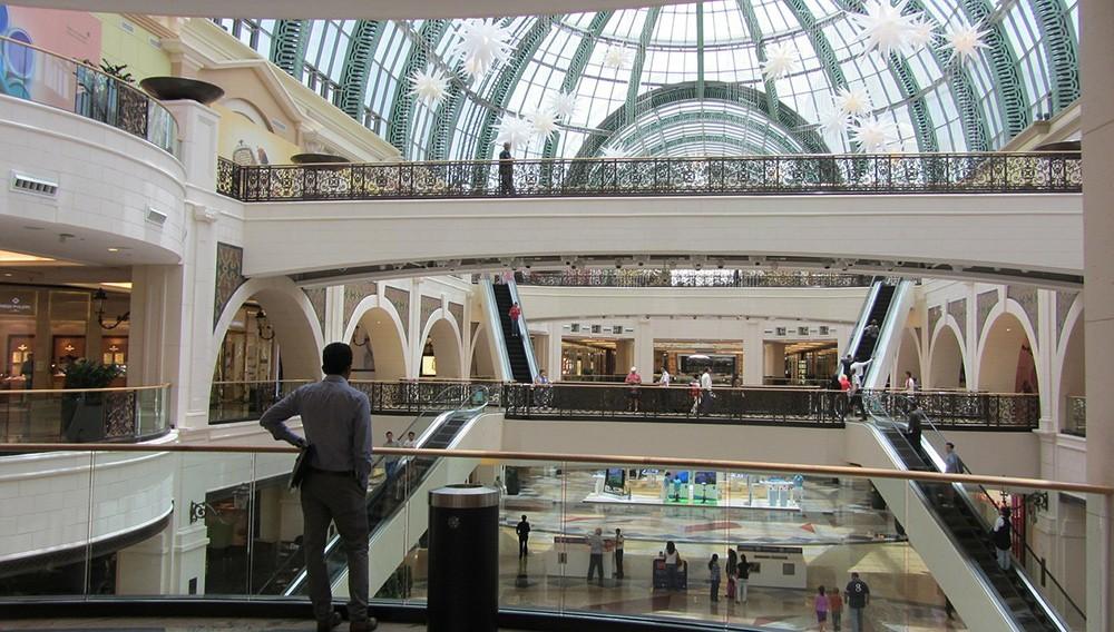 Чем заняться в Дубае: посетите торговый центр Dubai Mall