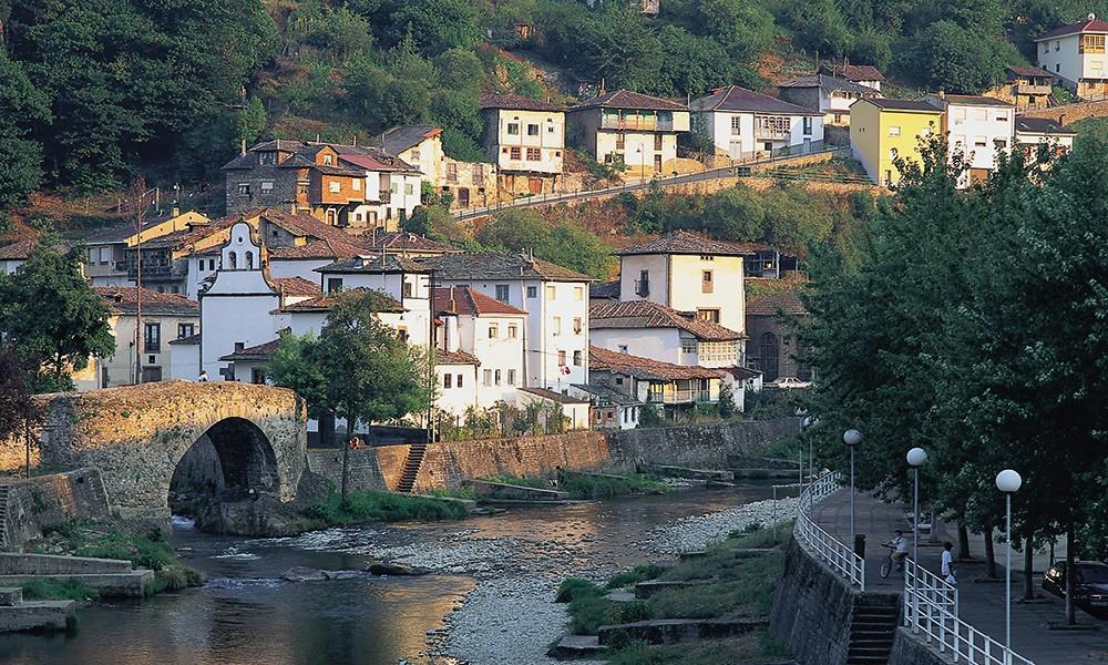 Куда поехать на семейный отдых в Испанию-Коста-Верде