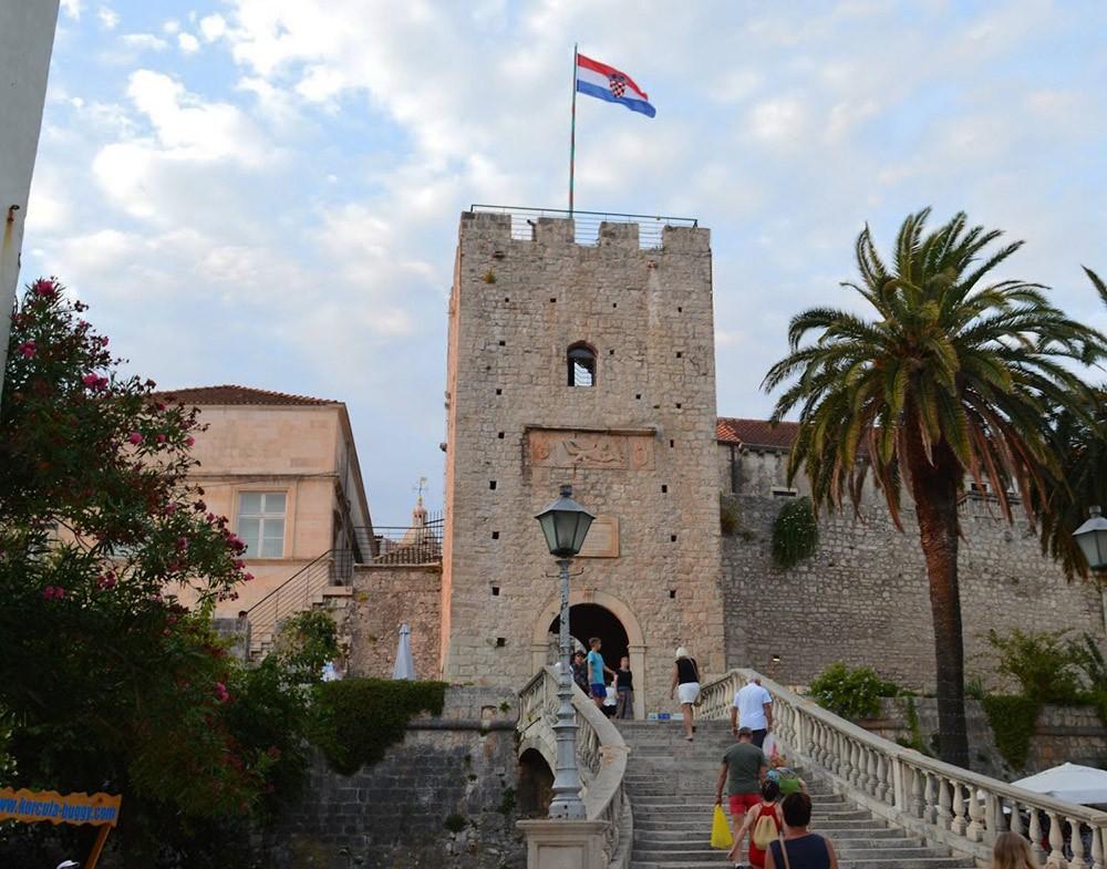 Городские ворота корчулы