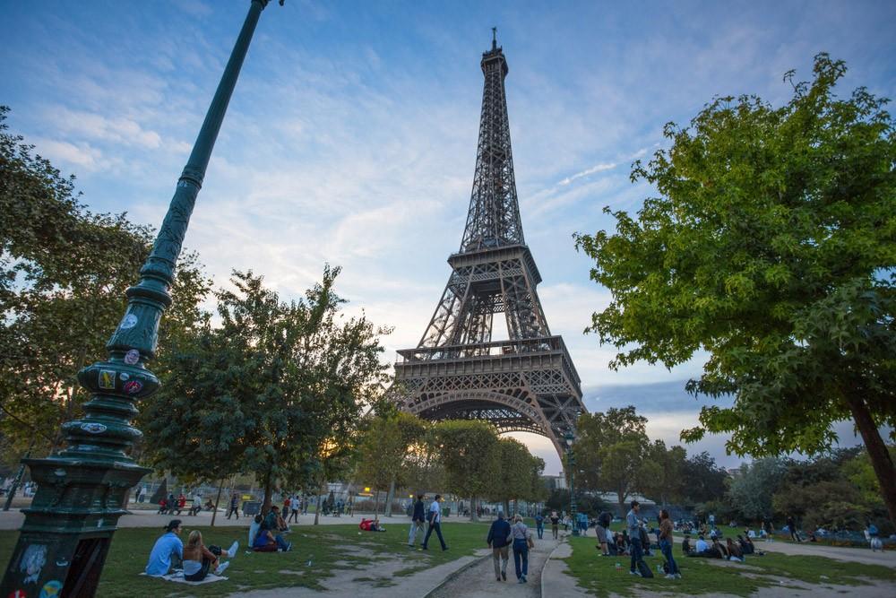 Париж через 4 дня: Марсово поле