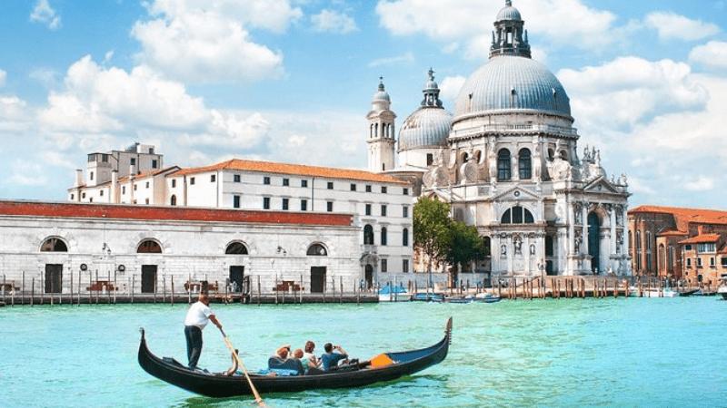Самые дешевые способы посетить туристические объекты Венеции